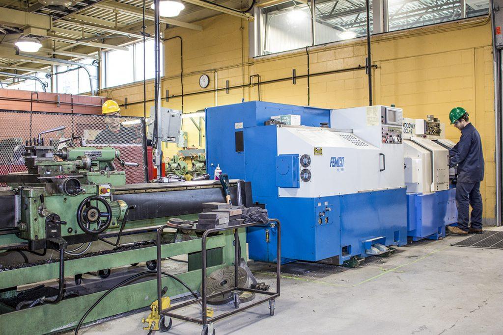 Opération d'équipements de production